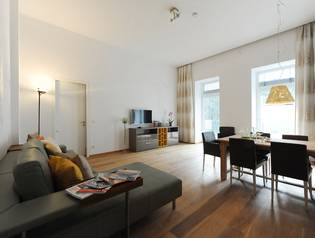 Serviced Business Apartment, elegantly appointed & up-to-date furnished with terrace - Stumpergasse -